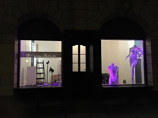 #eroeffnung #opening #taeubchenweg18 #leipzig #conceptualtattoo #bodyart #conceptualbodyart #tattooart #tattoostudio #performance #corpusdelicti #tattooartist #annegeorgius #corpusdelicti #principia.discordia